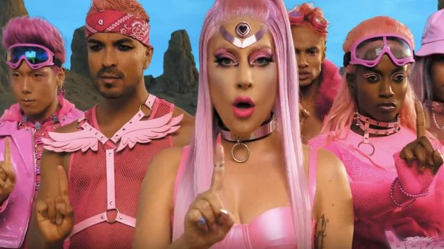 Ring pink choker worn by Lady Gaga in her Stupid Love (Official Music Video)