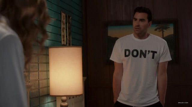 Don't White T-Shirt of David Rose (Daniel Levy) in Schitt's Creek (S02E11)