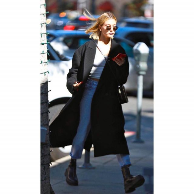 Saint Laurent New Wave Sunglasses worn by Hailey Baldwin Los Angeles March 2, 2020