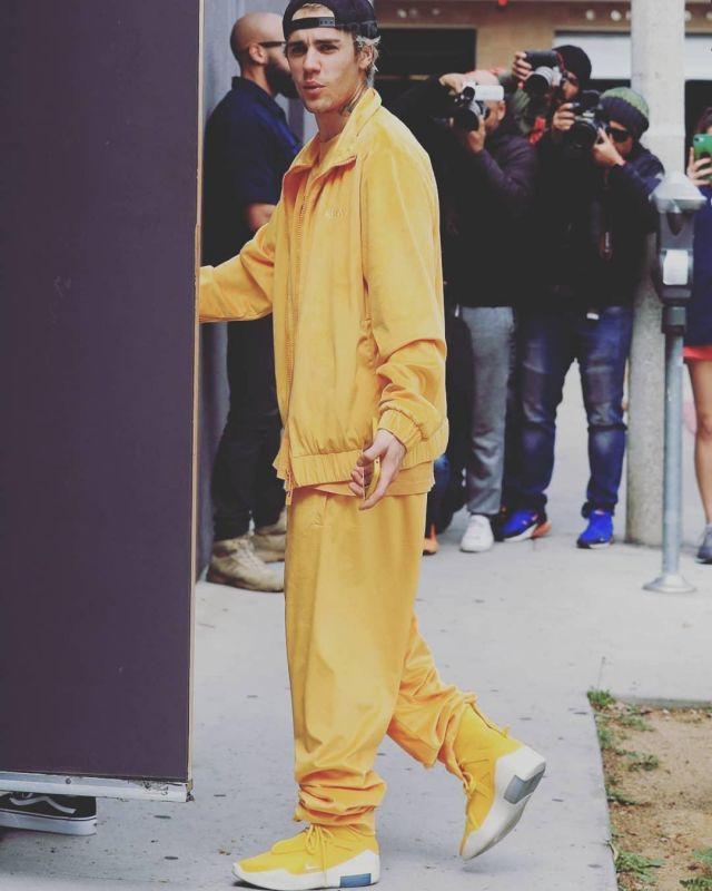 Nike Paniers de l'Air dans la Crainte De Dieu 1 porté par Justin Bieber à West Hollywood, le 1er Mars 2020