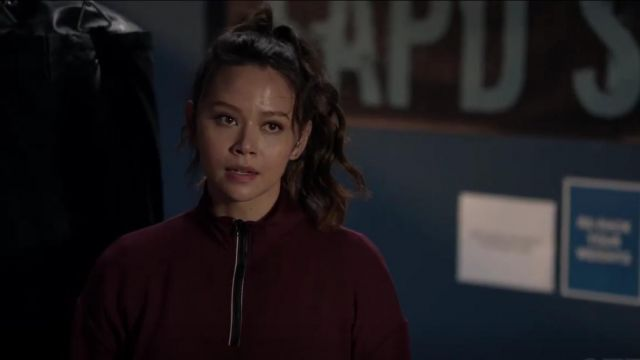 Request Cropped Sweater worn by Lucy Chen (Melissa O'Neil) in The Rookie Season 2 Episode 12