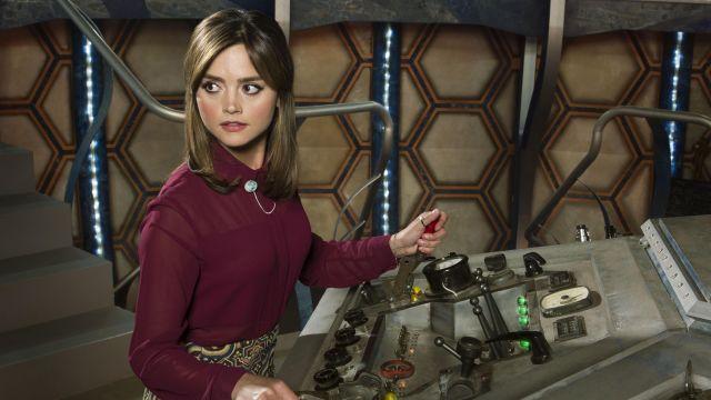 Bourgogne Chemisier de Clara (Jenna Coleman) dans Doctor Who (S08E06)