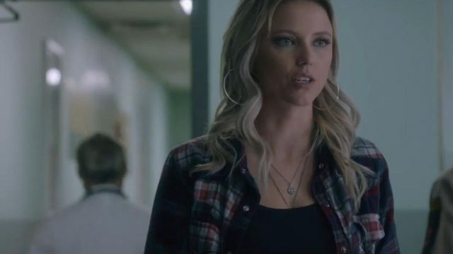 Western Shirt Red worn by Jenna Cameron (Riley Voelkel) in Roswell, New Mexico Season 2 Episode 3
