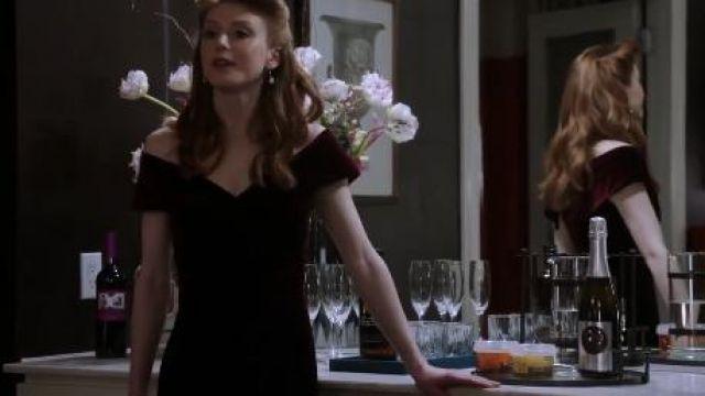 Red Velvet Dress worn by Olivia Benson (Alexandra Waterbury) in Law & Order: Special Victims Unit Season 21 Episode 17