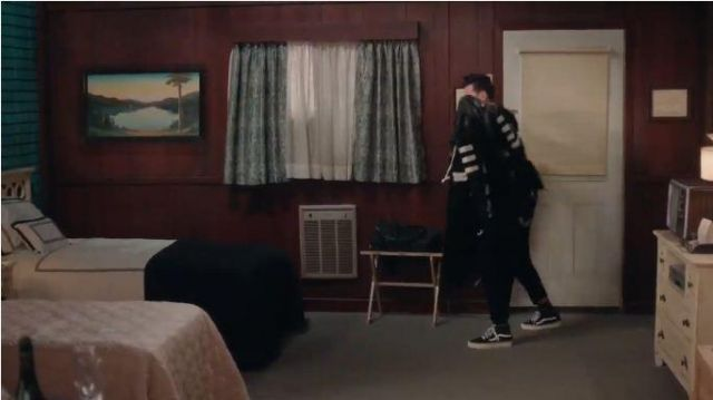 Vans Men's Sk8-Hi Sneaker worn by David Rose (Daniel Levy) in Schitt's Creek Season 6 Episode 14