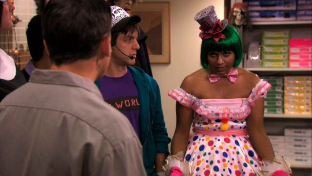 Green Bob Wig worn by Kelly Kapoor (Mindy Kaling) in The Office (S07E06)