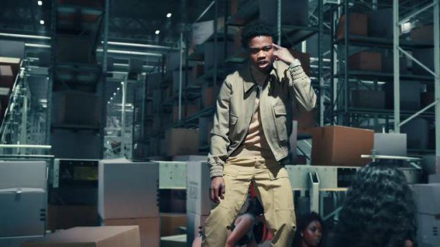 Ami Paris Patch Poches Zippées Veste portée par Roddy Ricch dans UPS scène dans son La Boîte Officiel de la Musique de la Vidéo