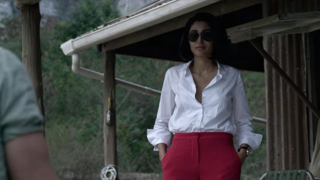 Ray Ban Aviator Sunglasses In Black Worn By Nik Khan Golshifteh Farahani As Seen In Extraction Spotern