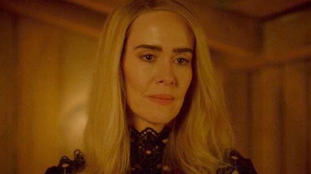 Black Laced Dress worn by Cordelia (Sarah Paulson) as seen in American Horror Story (Season 8 Episode 9)