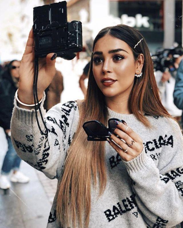 Boucles d'oreilles portées par Danna Paola sur Instagram