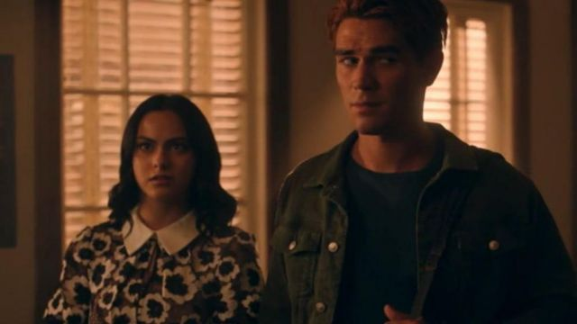 Short Sleeve Lce Dres worn by Veronica Lodge (Camila Mendes) in Riverdale Season 4 Episode 19
