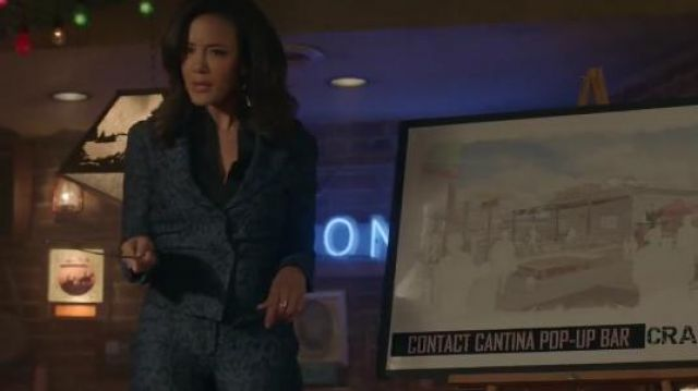 Snake Printed Blazer worn by Maria DeLuca (Heather Hemmens) in Roswell, New Mexico Season 2 Episode 10