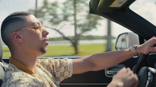 Le polo Gucci porté par Maes son clip Blanche feat. Booba