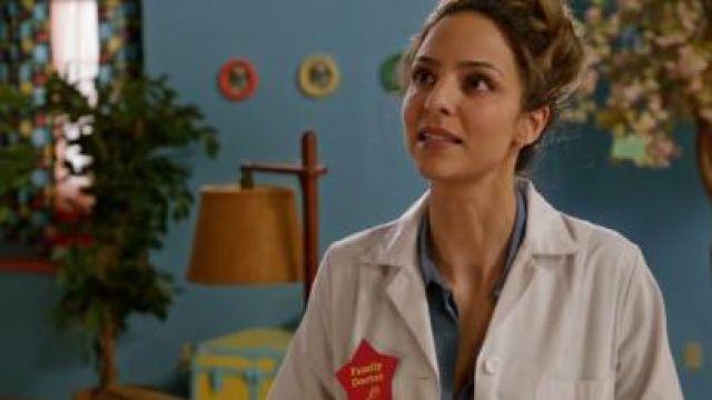 Gold Bar Earrings worn by Zari Tomaz (Tala Ashe) in DC's Legends of Tomorrow Season 5 Episode 14