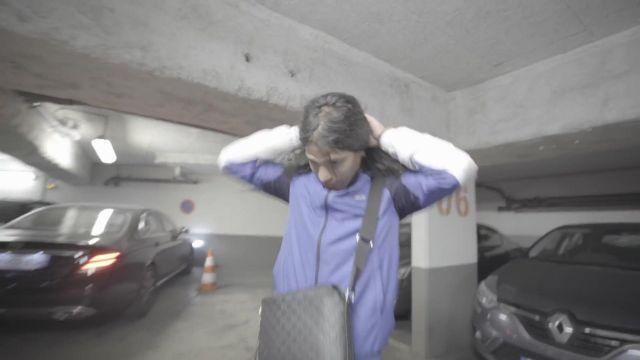 La sacoche Louis Vuitton portée par Moha La Squale dans son clip Paris