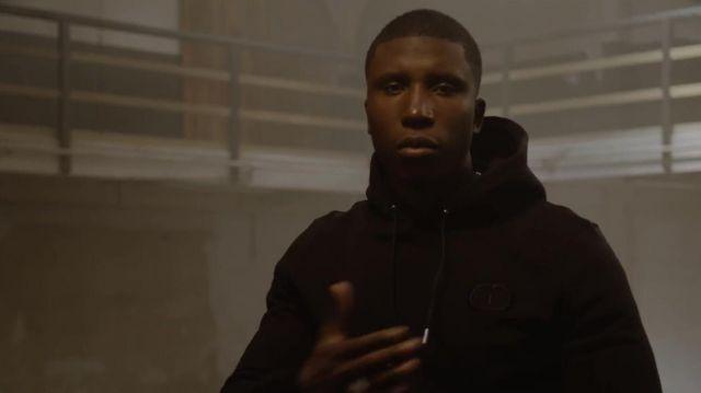 Sweatshirt black hoody Bosh in her video clip Lonely
