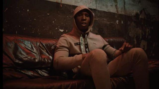 The sweatshirt hoody Puma x Mercedes worn by Bosh in her video clip Lonely