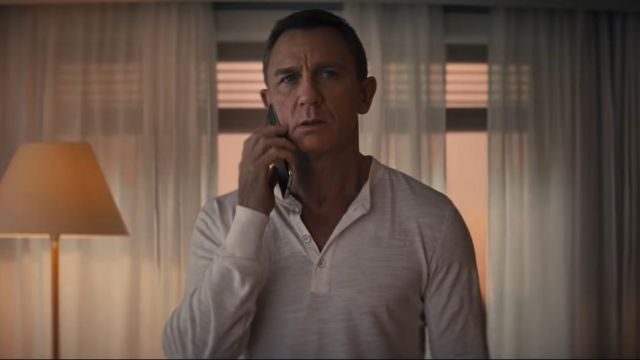 Nokia Phone used by James Bond (Daniel Craig) in No Time to Die