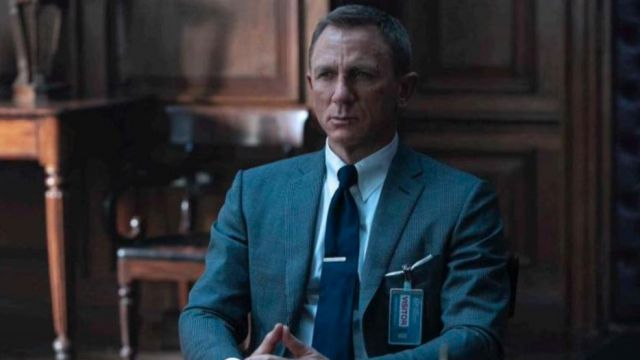 Blue Silk Tie worn by James Bond (Daniel Craig) in No Time to Die