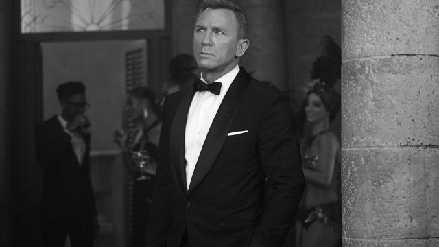Tom Ford Tuxedo Suit worn by James Bond (Daniel Craig) in No Time to Die