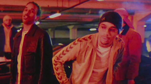La veste grise Hummel de Mister V dans son clip MIAMI HEAT