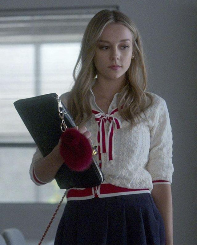 White Cardigan worn by Ester Expósito as seen on Promotional Elite TV Season 3 series