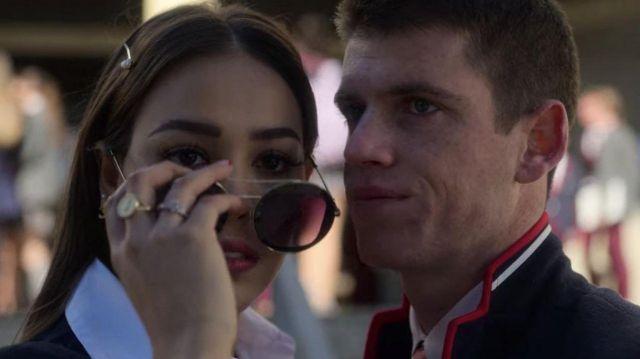 Les lunette de soleil Gucci portées par Lu Montesinos (Danna Paola) dans la série Élite