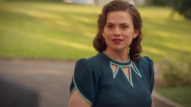 Blue Dress with Green Triangles worn by Peggy Carter (Hayley Atwell) in Marvel's Agent Carter (S02E10)