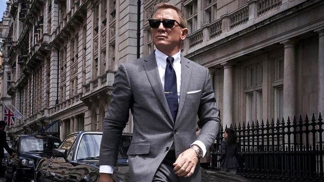 Tom Ford O'Connor Prince of Wales Grey Suit worn by James Bond (Daniel Craig) in No Time to Die