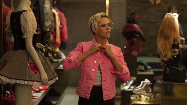 Pink denim jacket worn by Sabina Wilson (Kristen Stewart) in Charlie's Angels