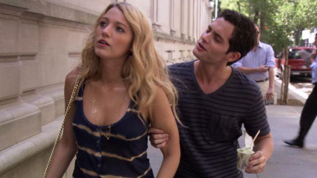 Le débardeur tie and dye de Serena van der Woodsen (Blake Lively) dans Gossip Girl (Saison 2 Episode 3)