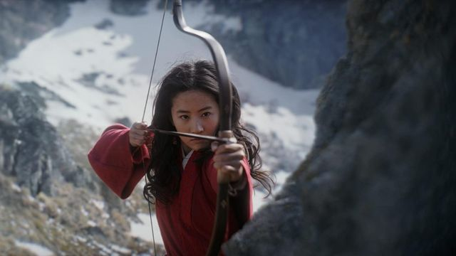 Recurve bow used by Mulan (Liu Yifei) in Mulan
