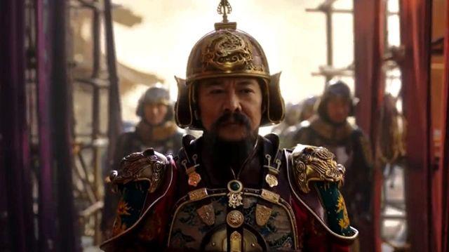 Helmet worn by the Emperor (Jet Li) in Mulan