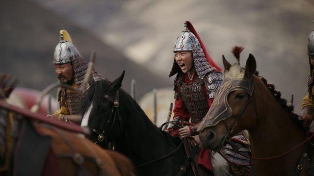 Helmet worn by Mulan (Liu Yifei) in Mulan