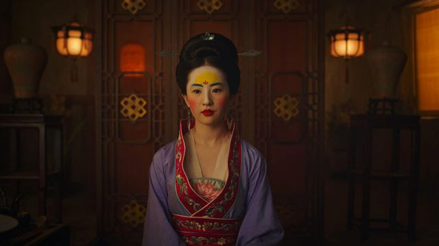 Kimono dress worn by Mulan (Liu Yifei) in Mulan