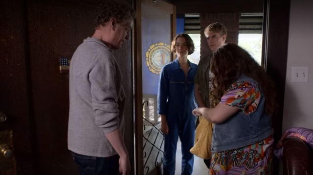 Blue overalls / jumpsuit worn by Casey Gardner (Brigette Lundy-Paine) in Atypical (S03E04)