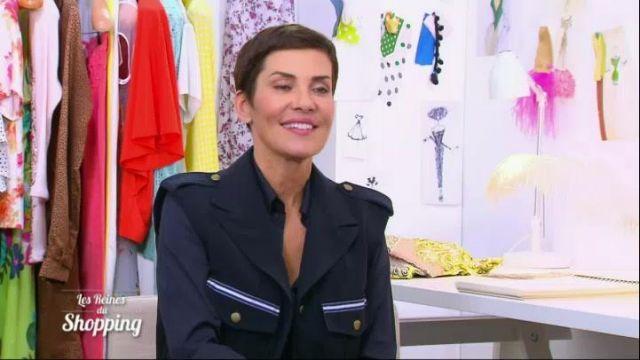 La veste bleu marine de Cristina Córdula dans Les Reines du shopping