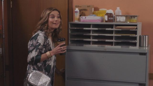 Golden Goose Metallic Leather Brigitte Bag used by Alexis Rose (Annie Murphy) in Schitt's Creek (S05E04)