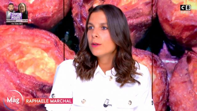 The combishort straight buttoned belted Raphaele Marchal in William at noon the 31.08.2020