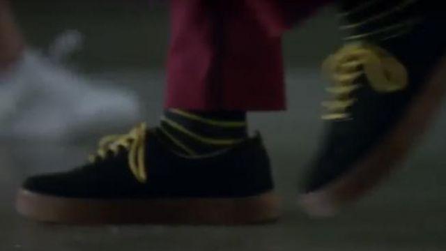 Black Shoes worn by Polo Benavent (Álvaro Rico) as seen in Elite (Season 2 Episode 8)