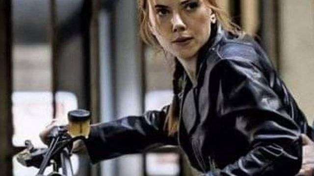 Stylish Black Leather Jacket of Natasha Romanoff / Black Widow (Scarlett Johansson) in Black Widow