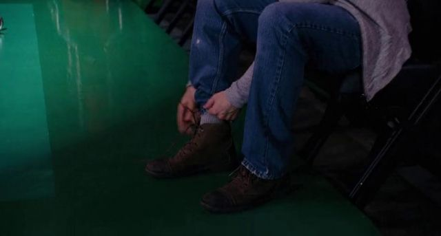 These shoes are wore by Chris Evans in What's Your Number movie of Colin Shea Chris Evans in What's Your Number?