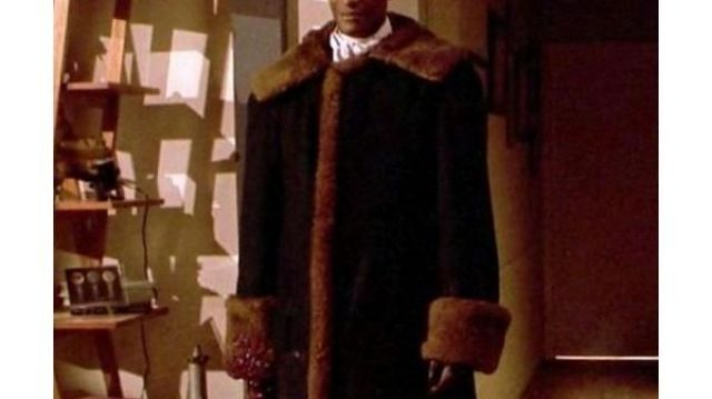 Unique Long Coat of Anthony McCoy (Yahya Abdul-Mateen II) in Candyman