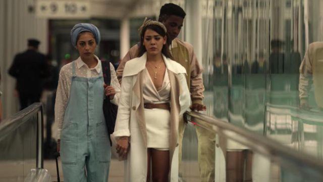 The denim overalls of Nadia (Mina El Hammani) in the Elite series (Season 3 Episode 8)