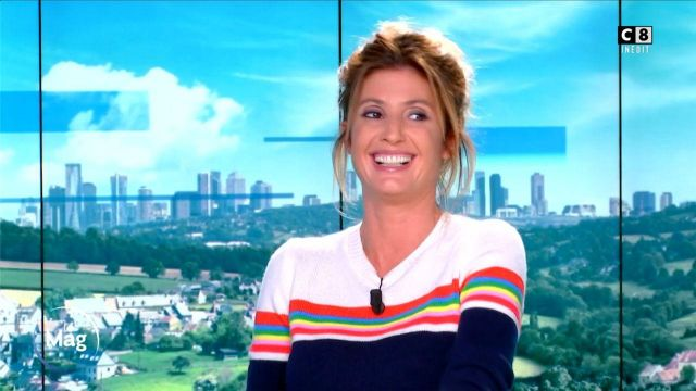 The round neck sweater with rainbow bands in cashmere of Caroline Ithurbide in William at noon the 25.09.2020