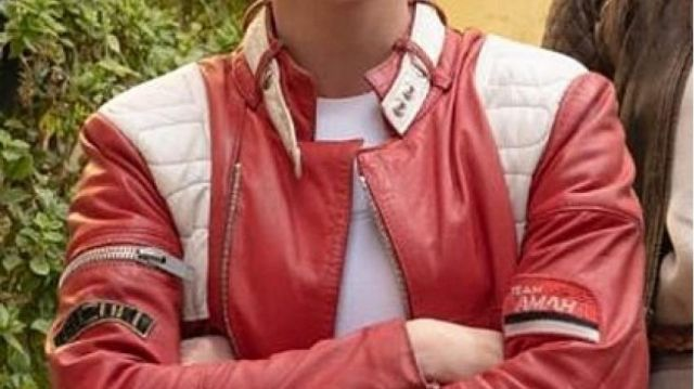 Classy Red Jacket of Sabina Wilson (Kristen Stewart) in Charlie's Angels