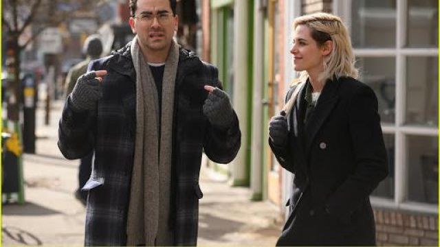 Jackets & Coats of Abby (Kristen Stewart) in Happiest Season