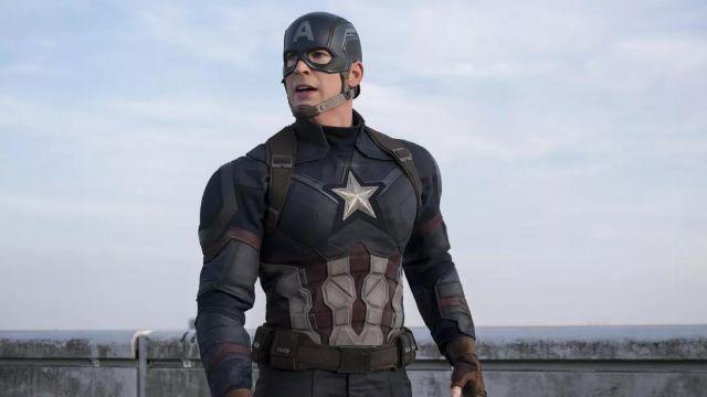 Leather Jacket of Steve Rogers / Captain America (Chris Evans) in Avengers: Endgame