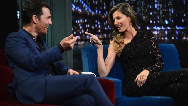 Combinaison portée par Gisele Bündchen dans l'émission Late Night with Jimmy Fallon