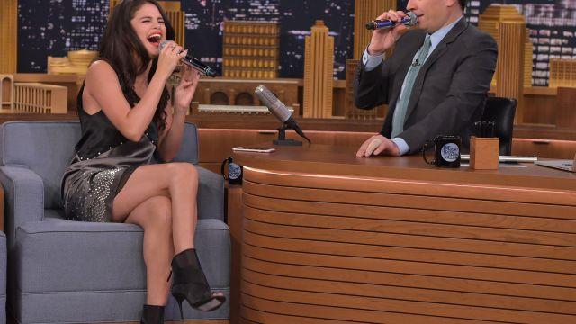 Chaussures portée par Selena Gomez dans l'émission The Tonight Show Starring Jimmy Fallon